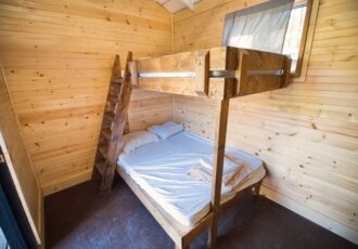 Hostel Motel Plus room with Super bunk bed
