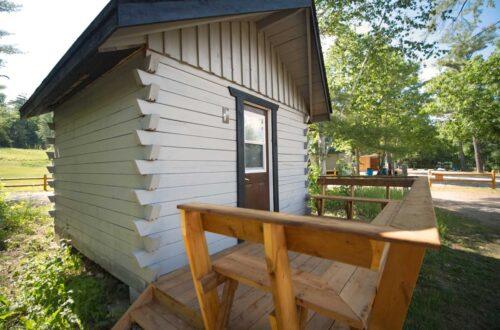 Hostel Cabin Plus on the Ottawa River