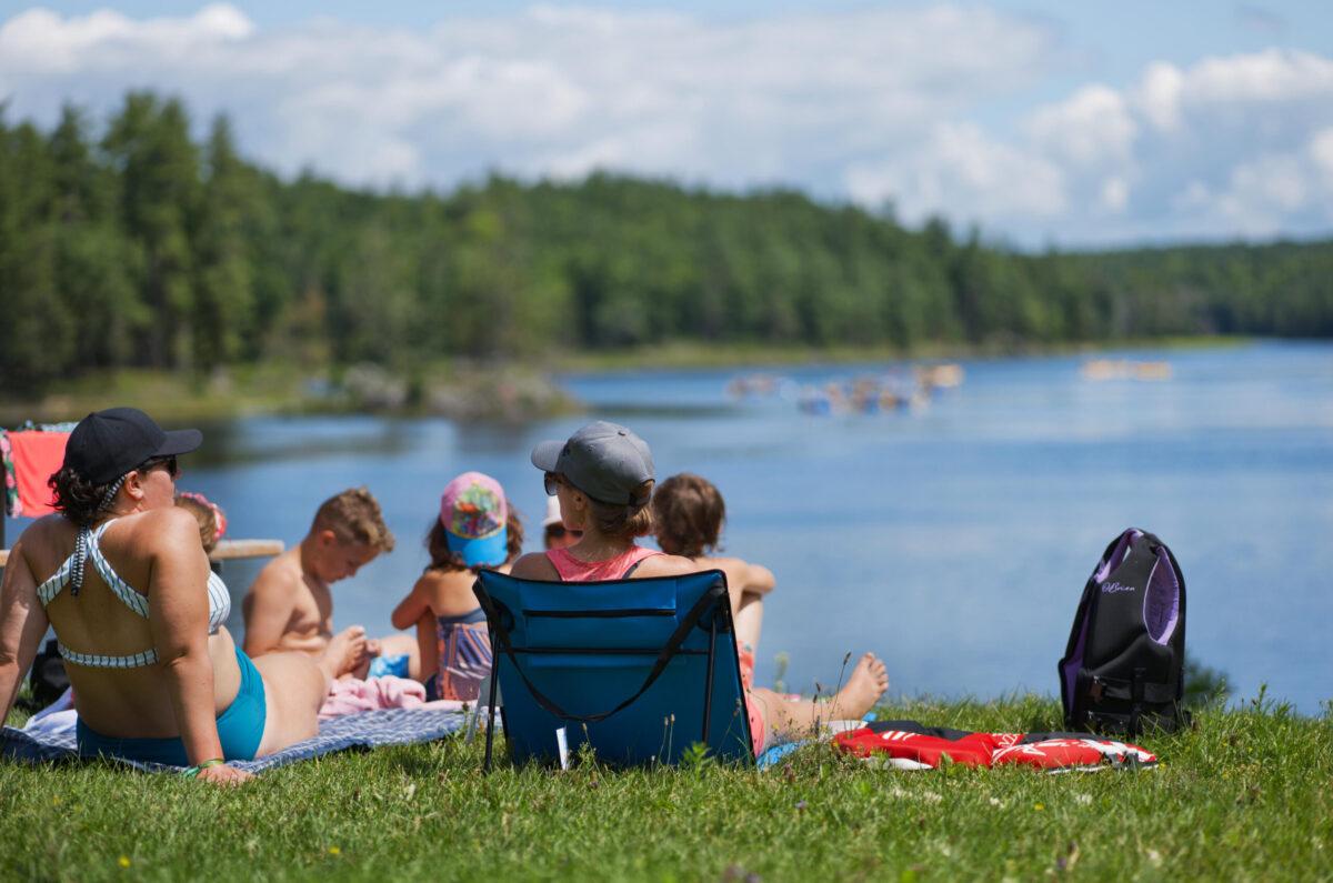 Waterfront Resort Day National Whitewater Park Wilderness Tours Ottawa River Ontario Canada